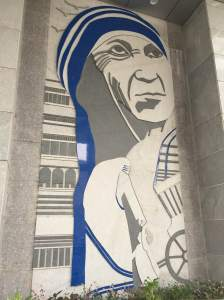 Mother Teresa of Calcutta at the entryway to KIMS Hospital